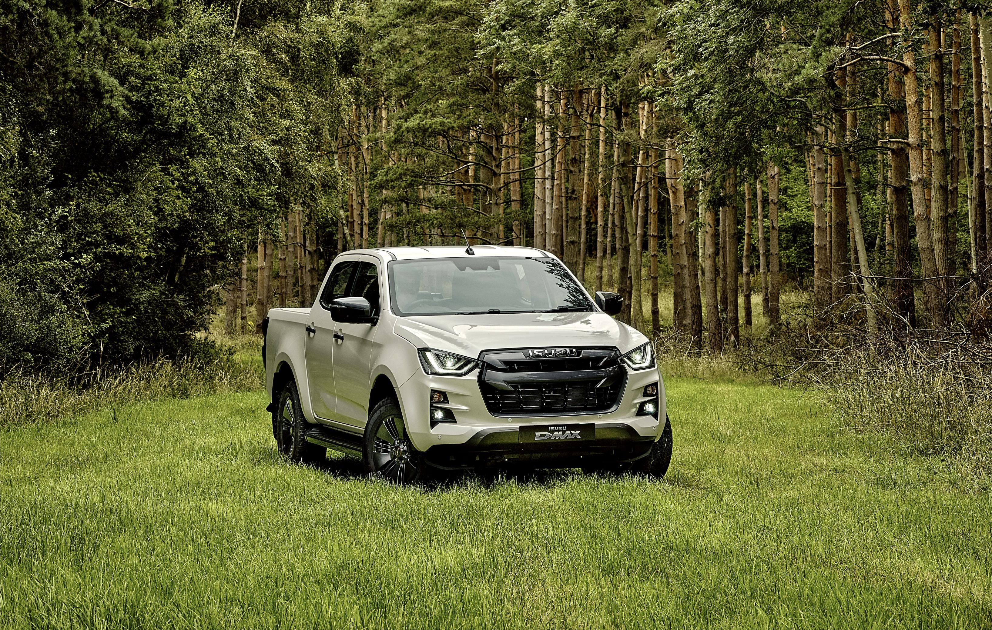 /Isuzu New Car Offers - Roger Young